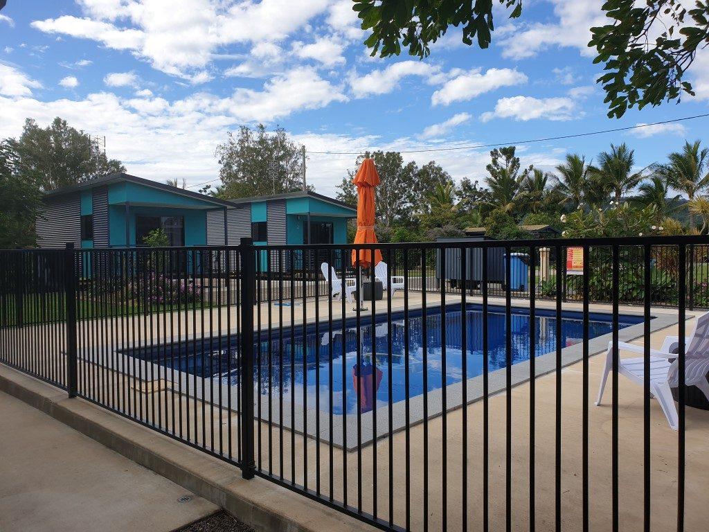 Gunna-Go-Caravan-Park-Queensland-Kui-Park-pool