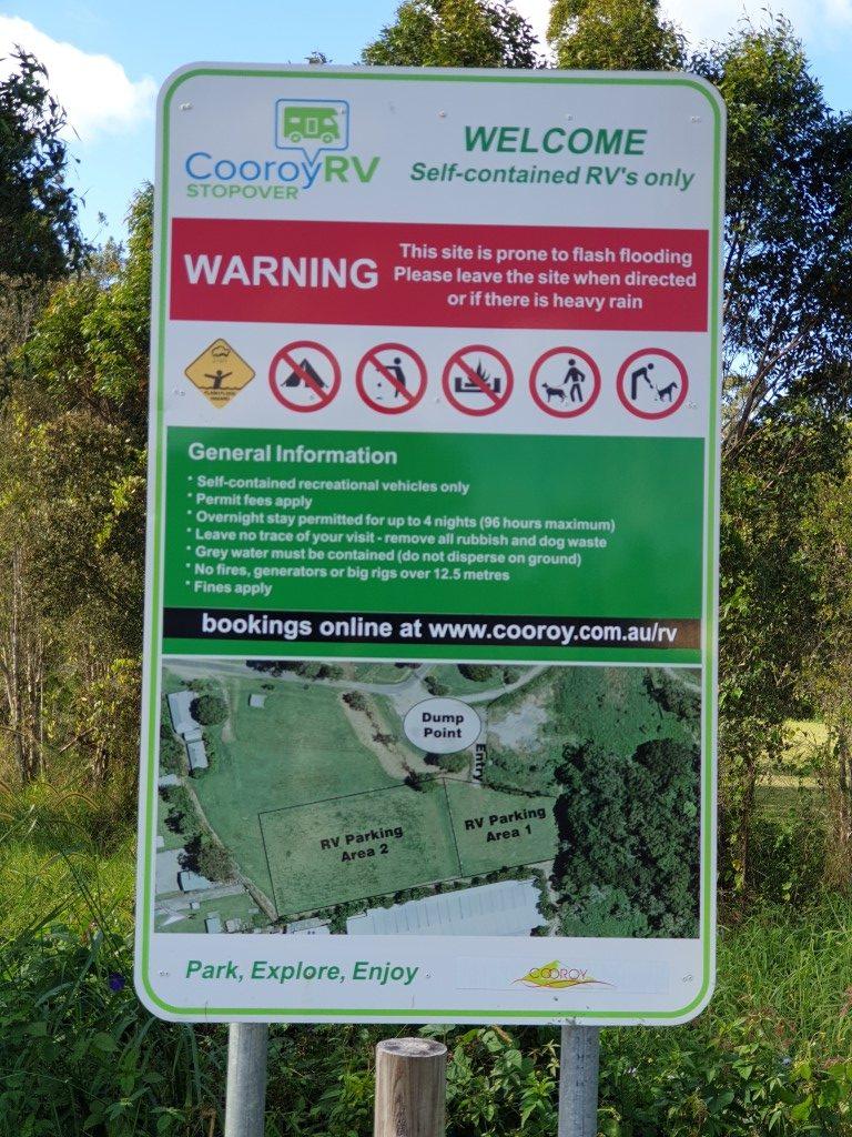 Cooroy-Stop-Over-Queensland sign