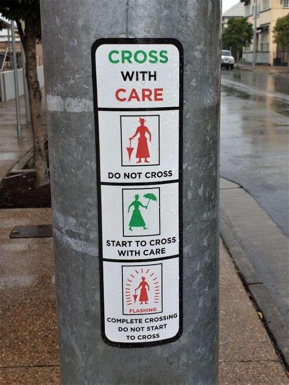 Maryborough-Marry-Poppins traffic lights sign