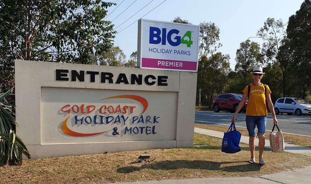 gold coast holiday park big 4 sign