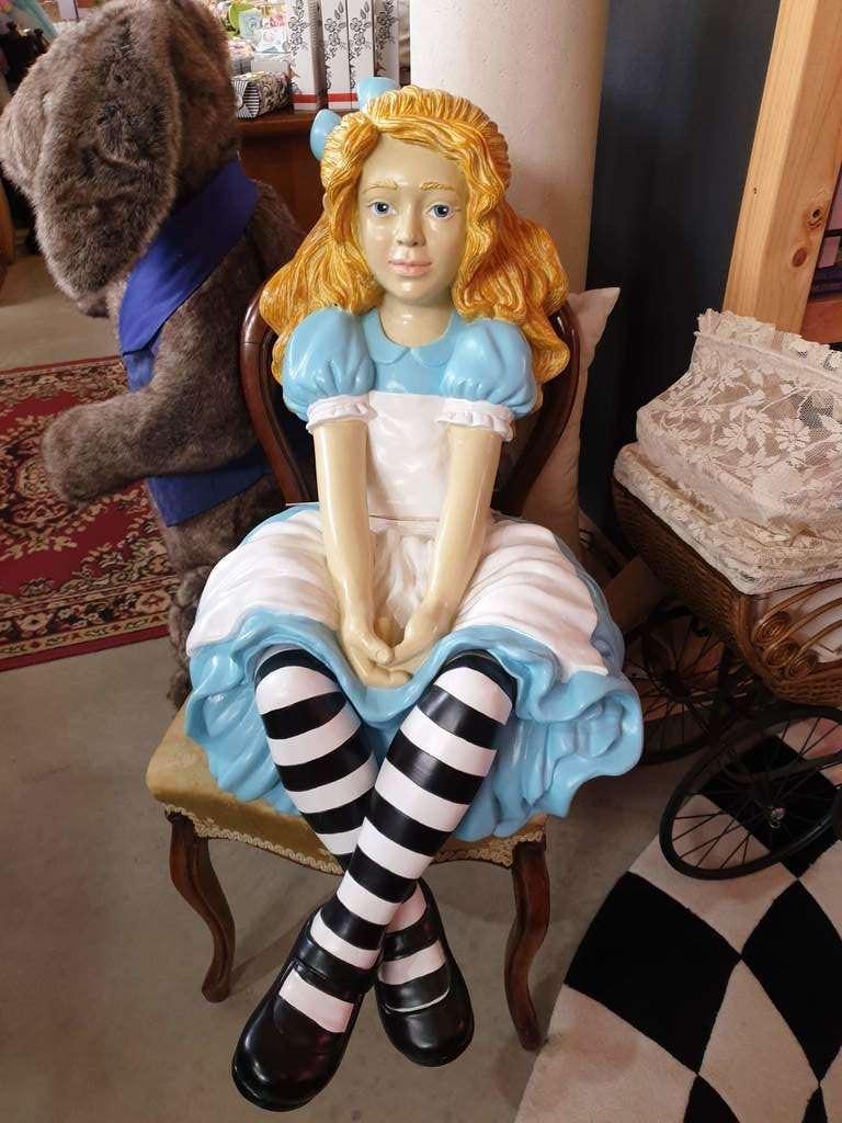 Reliquaire Toy Shop in Latrobe Tasmania Alice in wonderland