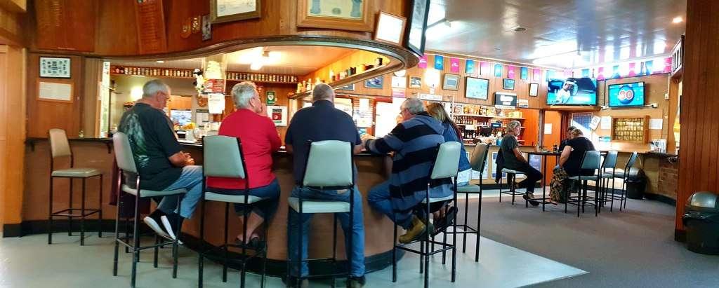 Geevestone RSL Tasmania bar