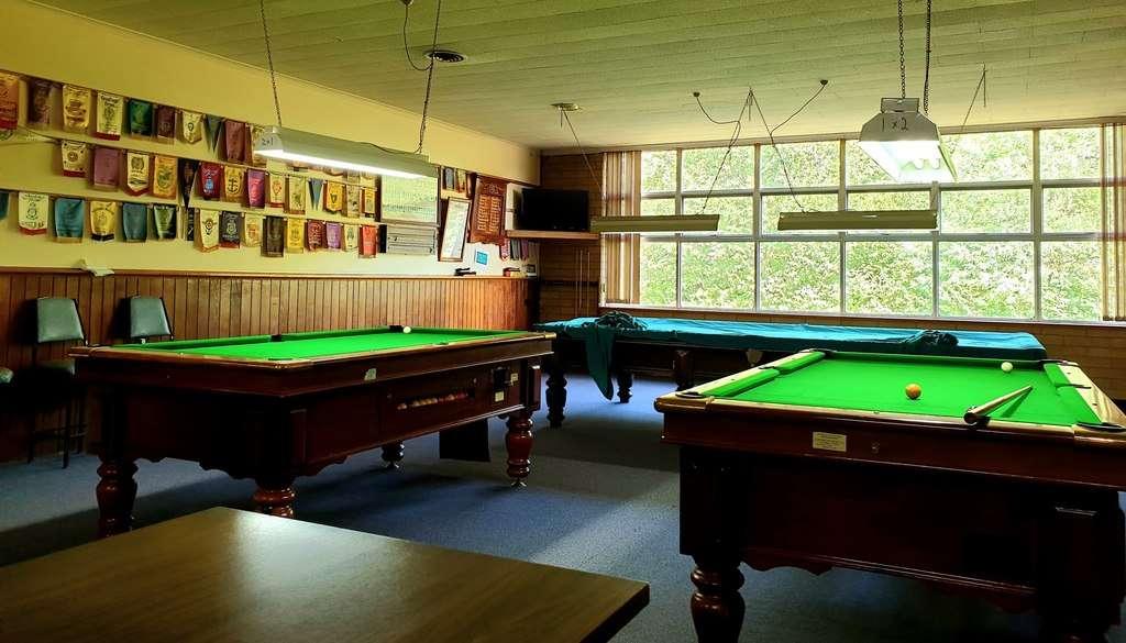 Geevestone RSL Tasmania pool tables