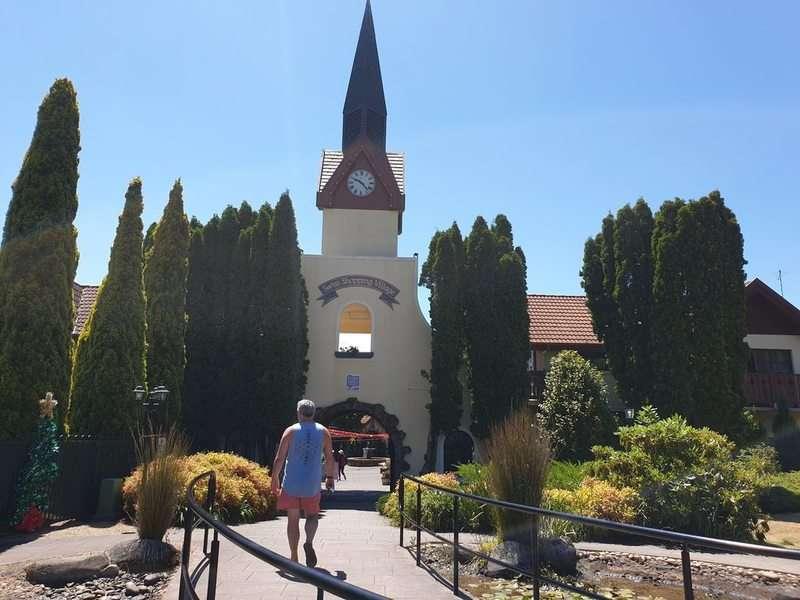 Grindlwald Swiss village & Mini Golf