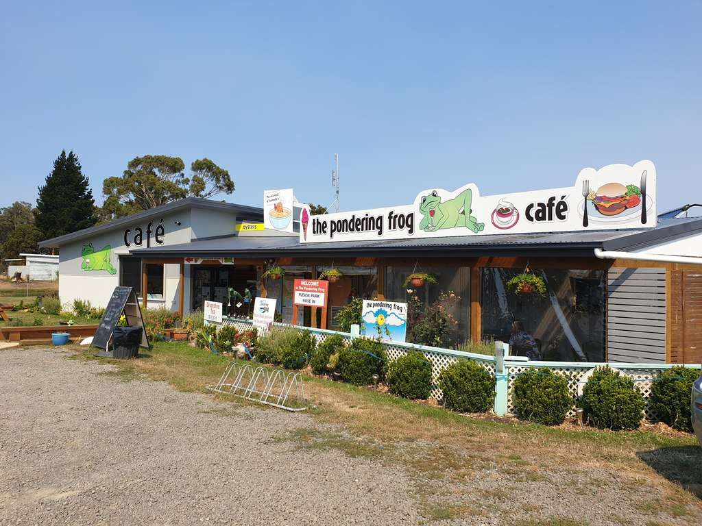 Pondering Frog Cafe Bicheno Tasmania