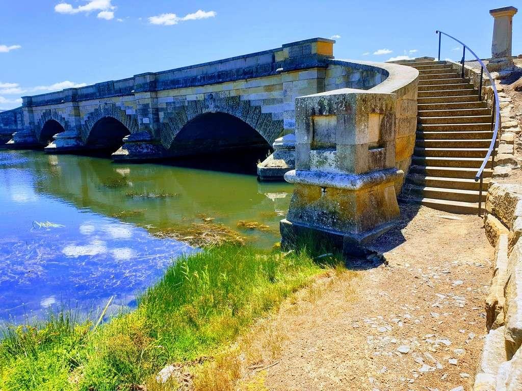 Ross Tasmania bridge