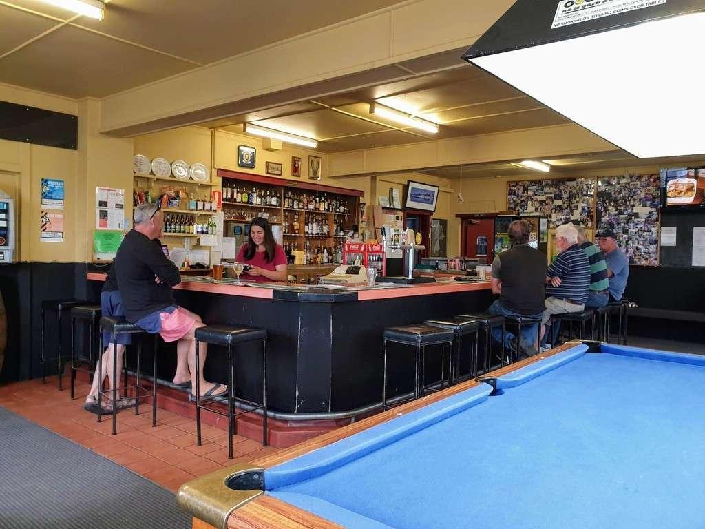Spring bay hotel Triabunna Tasmania bar