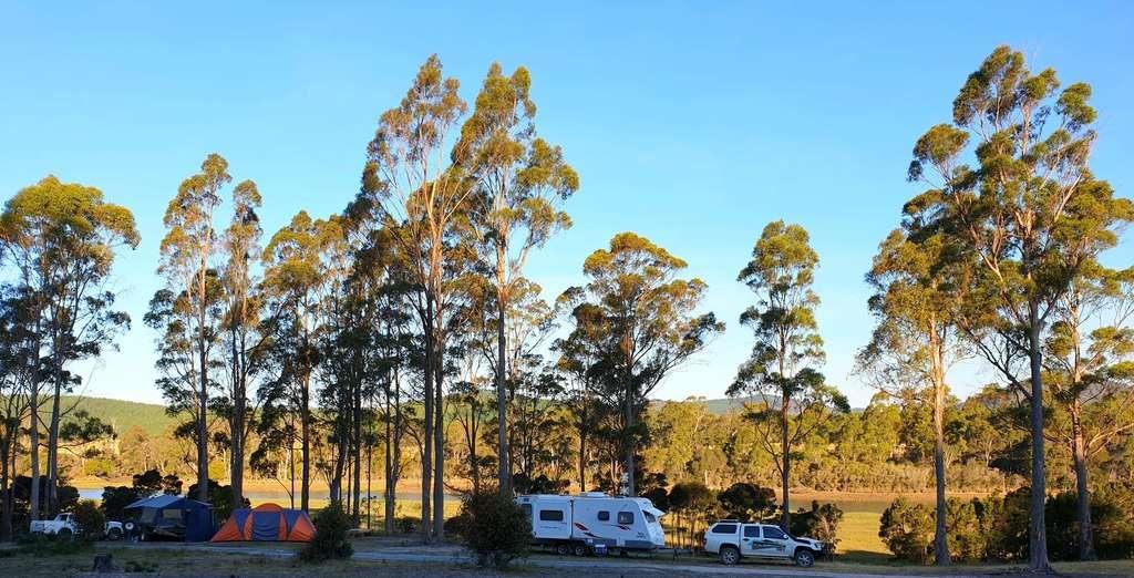 Farm On Franklin Farm Stay Tasmania You camp and caravan by estuary