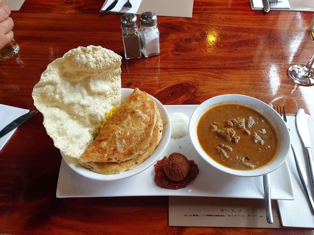 Derwent bridge wilderness hotel  curry at the restaurant