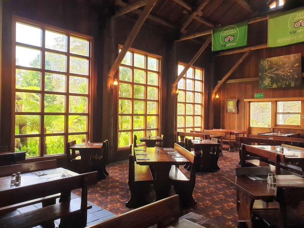 Derwent bridge wilderness hotel restaurant