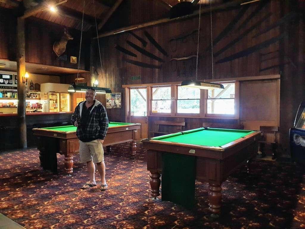 Derwent bridge wilderness hotel pool tables and bar