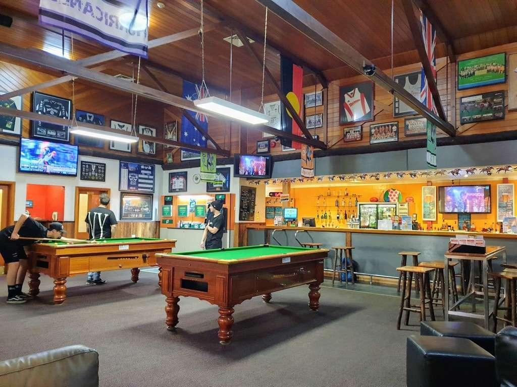 Tall timbers Smithton Tasmania bar pool table