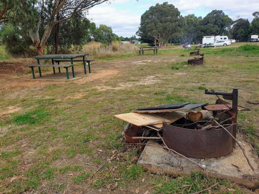 Haddon lions park Victoria fire pit