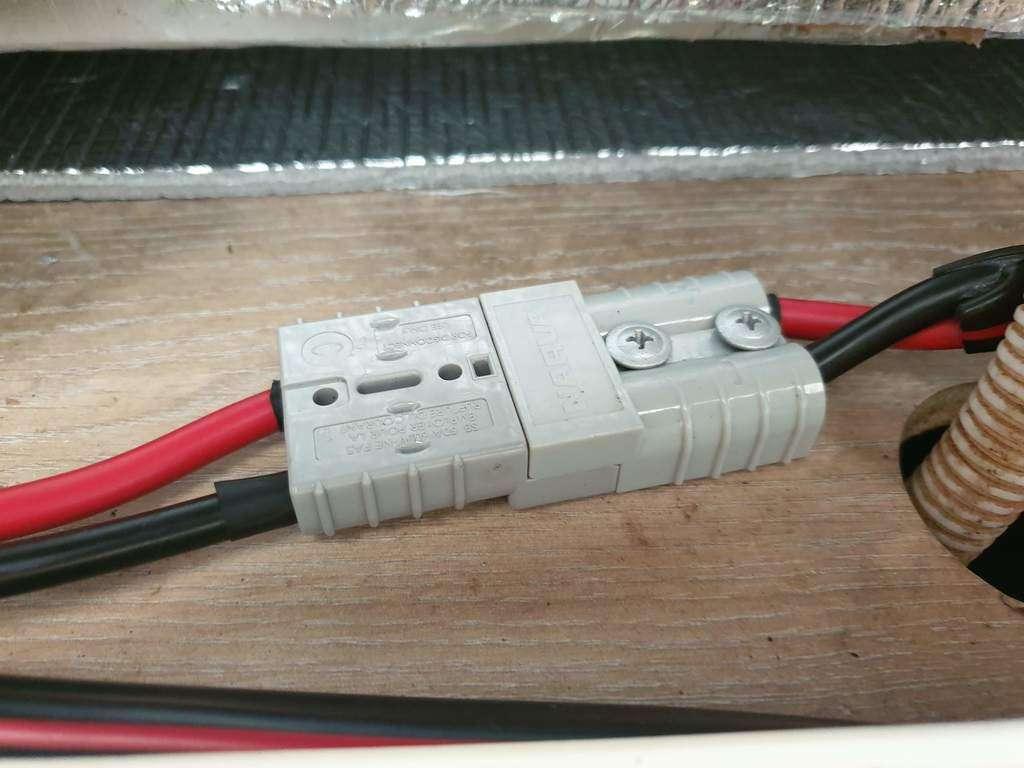 caravan fridge repair Anderson Plugs