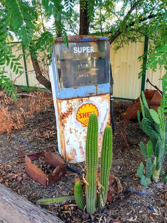 Dirranbandi Retreat and Caravan Park QLD old station pump