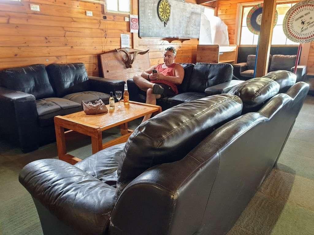 Lightning ridge caravan park NSW bar