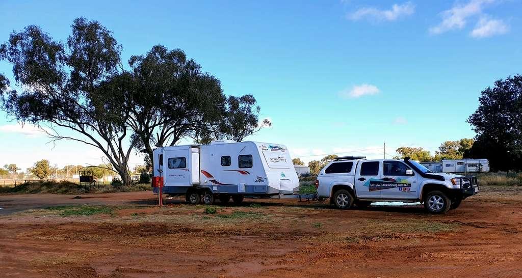 Hermidale Hotel camping full time caravanning