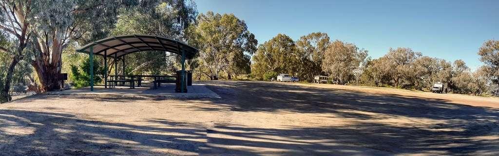 North Bourk free camp camping caravans by darling river
